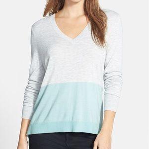 Halogen Zip Back V-Neck Blue Colorblock Sweater